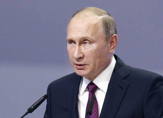 تاکید پوتین بر ضرورت کاهش تنش ها در تنگه هرمز