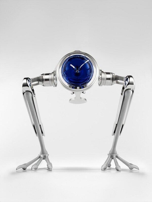 با ساعت روباتیک بچه ها بیمار را سرگرم کنید