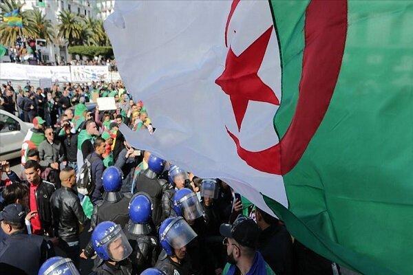 بازداشت نماینده زن مجلس فرانسه در الجزایر