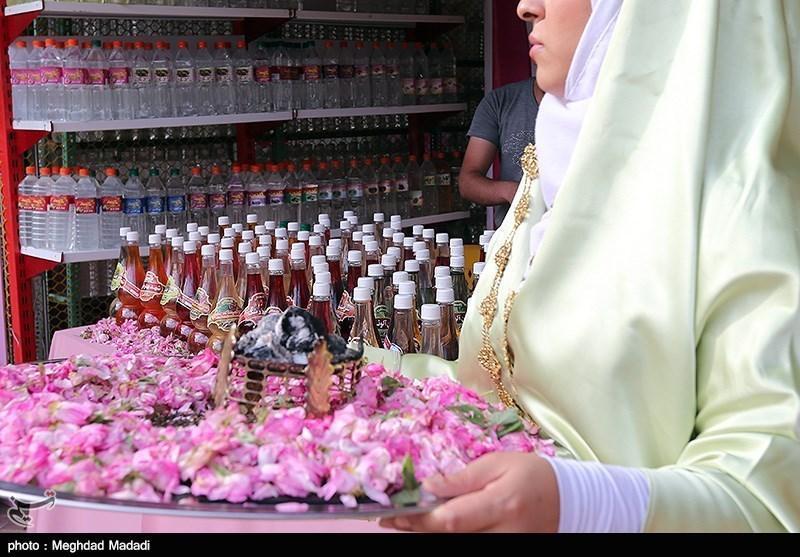 گلاب و عرقیات میمند به عمان صادر می گردد