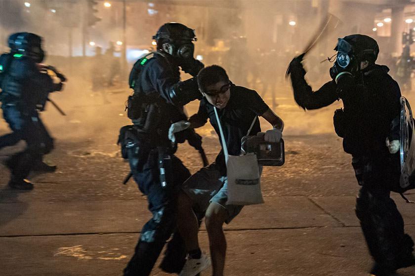 تظاهرات در هنگ کنگ، زندگی مردم را مختل نکرده است