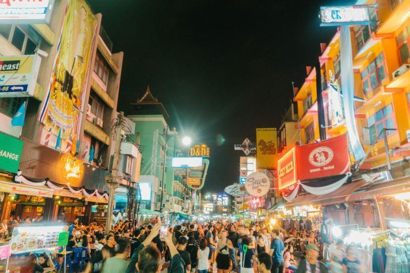 تغییر چهره مشهورترین خیابان کوله گردان در تایلند