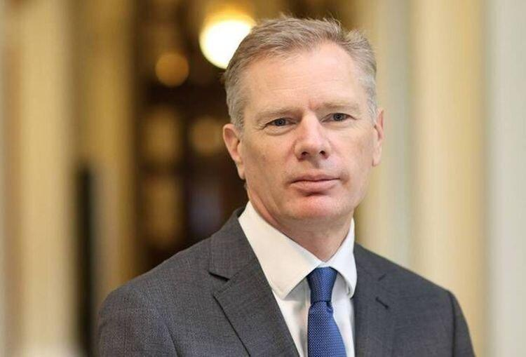 واکنش سفیر انگلیس در تهران به رفتار مردم ایران و انگلیس در خرید مایحتاج روزانه