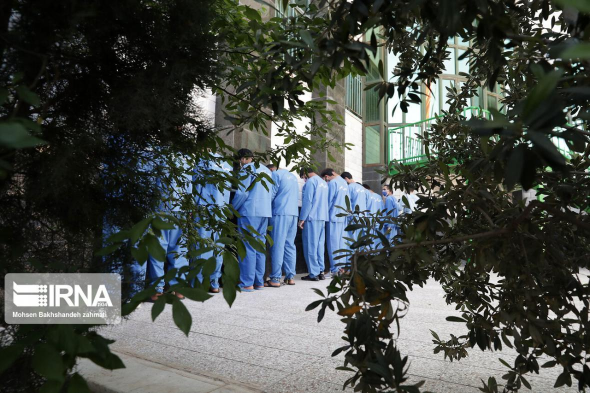 خبرنگاران اعضای پنج باند دزد در دزفول دستگیر شدند