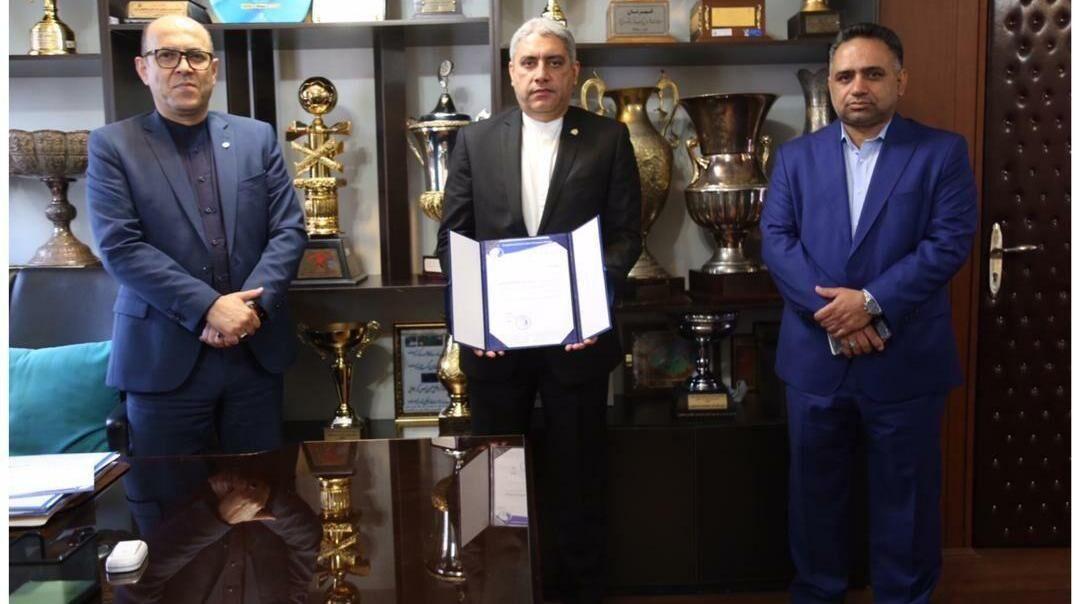 خبرنگاران رونمایی سعادتمند از 2 عضو جدید باشگاه استقلال