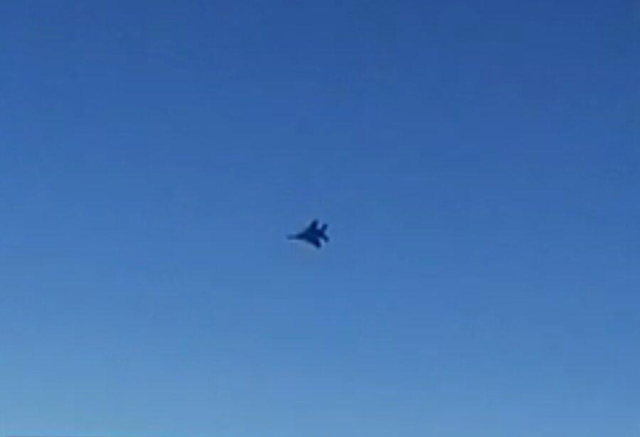 واکنش خلبان ماهان پس از تهدید جنگنده های آمریکایی ، هواپیما در تهران به زمین نشست