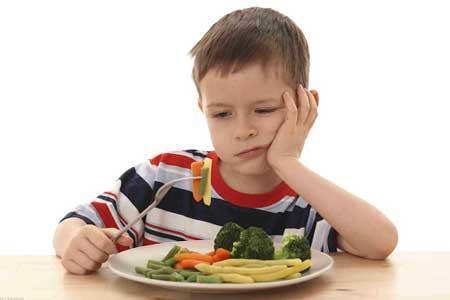 والدین نگران بد غذایی بچه ها نباشند