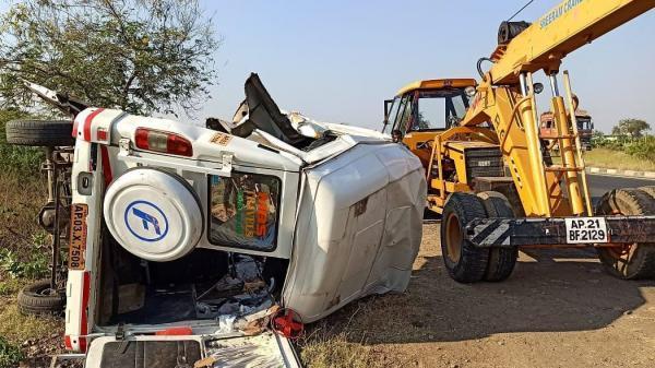 خبرنگاران 14 نفر بر اثر تصادف در بزرگراهی در هند کشته شدند
