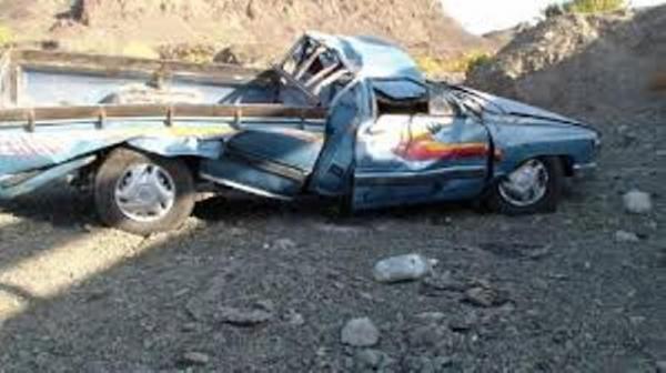 خبرنگاران واژگونی وانت حامل اتباع بیگانه در محور خاش 22 مجروح برجا گذاشت