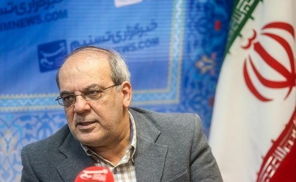 توصیه عباس عبدی به جناح های سیاسی: نسل های قبلی تان را کنار بگذارید