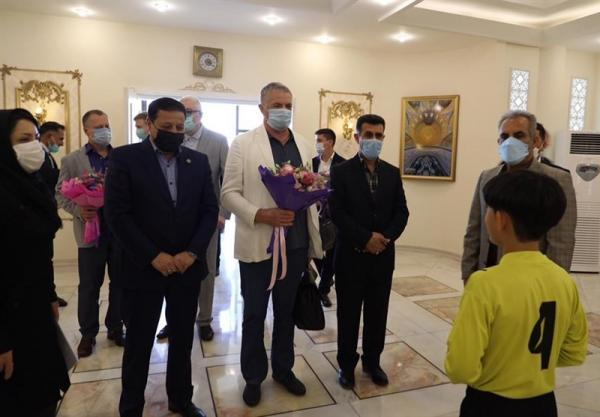 حضور مدیران سردار آزمون در اصفهان، سپاهان و زنیت قرارداد خواهرخواندگی امضا می نمایند